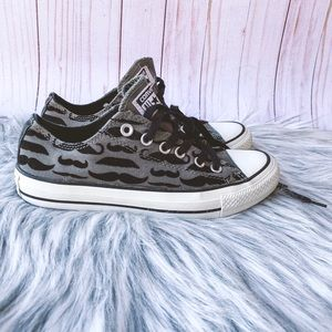 Converse All Stars Mustache Sneakers Size 7
